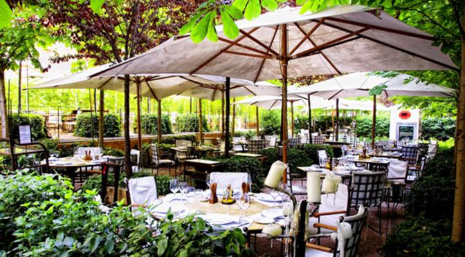 Pátios e terrazas para comer e curtir o verão madrileño