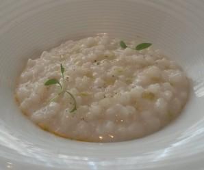 Falso risotto de lula com curry verde
