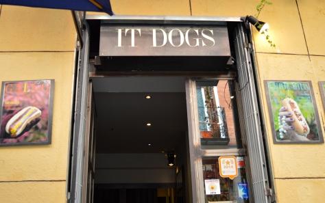 It Dogs