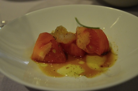 Tomate con gambas