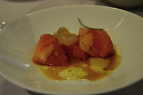 Tapa super elaborada do Marcano: Tomate con gambas