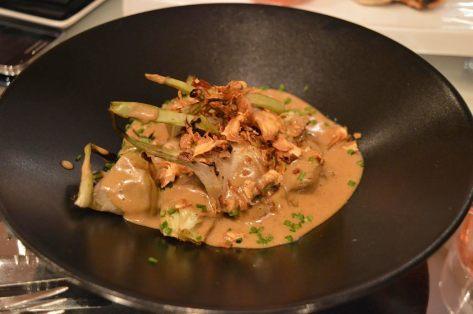 Alcachofas con sopa de foie