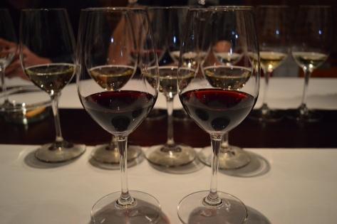 Dois vinhos tintos