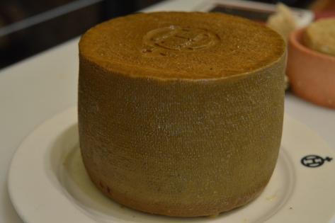 Um dos queijos catados. Delicioso!