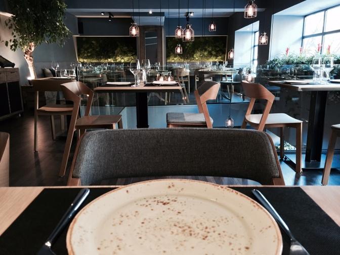Mercado de Ibiza: cozinha tradicional renovada ao lado do Retiro